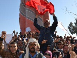 Tunus'ta Sibsi'yi Protesto Gösterileri