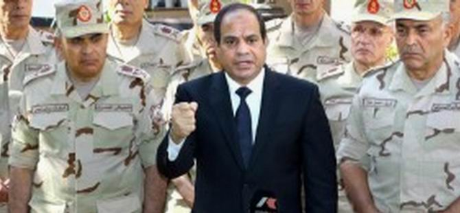 Darbeci Sisi'den Diktatör Mübarek'e Savunma