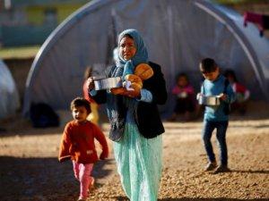 BM Suriyeli Muhacirlere Gıda Yardımını Durdurdu