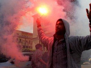 Mısır'da Milyonluk Gösteri Çağrısı