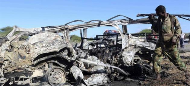 Somali'de Havalimanına Bombalı Saldırı