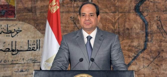 Sisi Darbe Karşıtı 9 Yargıcı Görevden Aldı