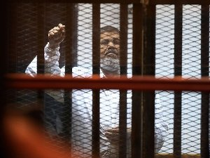 Mursi: Rabbimiz Bu Sıkıntıları Ortadan Kaldıracak