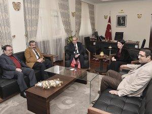 Yalçın Akdoğan HDP Heyetiyle Görüştü
