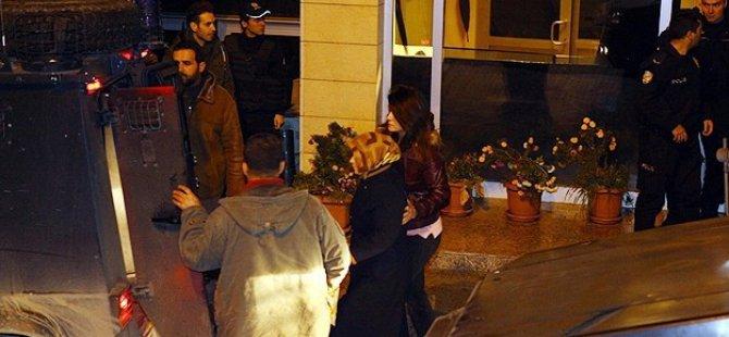 Diyarbakır'da 17 Kişi Tutuklandı