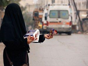 """Esed Rejiminin Dul Bıraktığı """"Suriye'nin Yalnız Kadınları"""""""