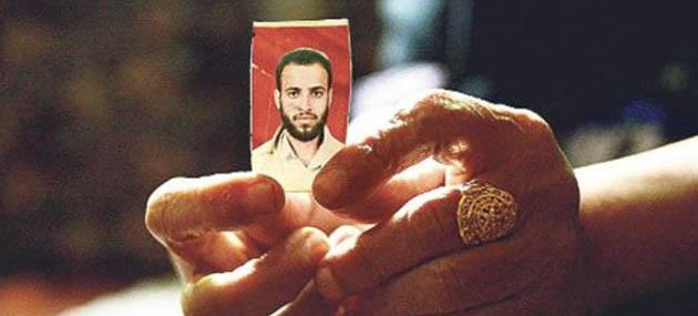 Guantanamo'da Onur Kırıcı İşkence