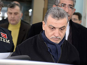 """""""Paralel Yapı""""da 4 Kişi Tutuklandı; Dumanlı Serbest"""