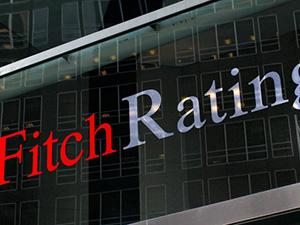 Fitch, Mısır Darbe Yönetiminin Notunu Artırdı