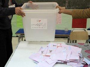 Tunus'ta Sandıkların Yüzde 40'ı Açıldı