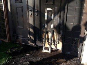 İsveç'te Kundaklanan Camide 5 Kişi Yaralandı