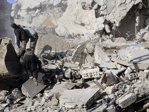 """Esed Güçlerinden Şam'a """"Vakum Bombalı"""" Saldırı"""