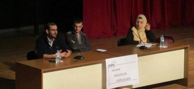"""Bursa'da """"Gençliğin Özgürlük ve Adalet Algısı"""" Paneli"""