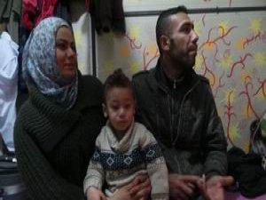 Yermuk Kampı'ndan Kaçıp Türkiye'ye Sığındılar