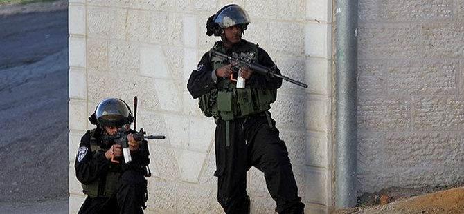 Siyonist İsrail Askerleri 1 Filistinliyi Katletti