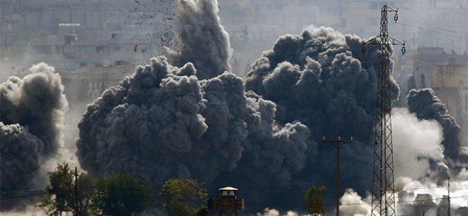Esed Güçlerinin Hava Saldırılarında 65 Mazlum Katledildi
