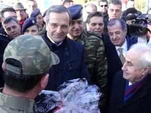 Samaras, Pazarkule Sınır Kapısı'nı Ziyaret Etti