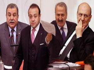"""Soruşturma Komisyonu """"Yüce Divan""""a Gerek Yok Dedi!"""