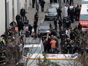 Uslu ve Aygün Paris Saldırısını AKP'ye Bağladı