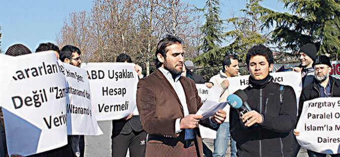 Zaman'ın Önünde Paralel'e Protesto