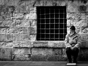 İnsanı Tartar Ama İnsanlığı Değil! (FOTO-YORUM)