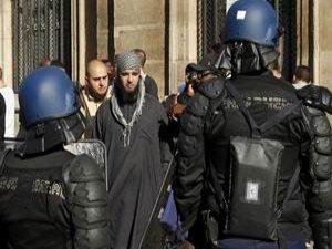 Müslümanlar Batı'dan Ne İstemiyor?
