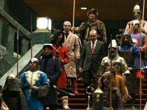 Törenler Cumhuriyetine Bir Katkı da Erdoğan'dan!