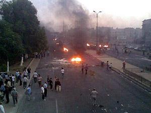 Esed, Charlie Hebdo Protestocularını Bombaladı!