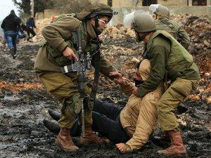 İsrail Cenaze Törenine Saldırdı