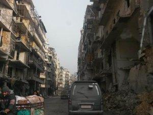 Esed Zulmü Altındaki Halep Can Çekişiyor