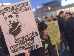 Almanya'nın Duisburg Şehrinde PEGİDA Karşıtı Eylemler