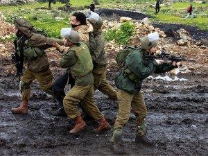 Batı Şeria'da 9 Filistinli Gözaltına Alındı