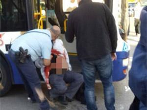 Tel Aviv'de Otobüse Bıçaklı Saldırı: 12 Yaralı