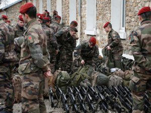 10 Fransız Askeri IŞİD'e Katıldı