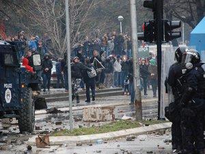 Kosova'daki Protestonun Bilançosu Ağır Oldu