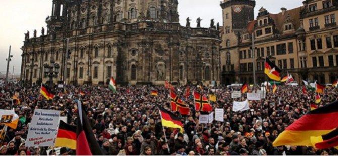 Almanya'da İslam Karşıtı Gösteriler Devam Ediyor