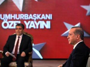 ABD'de Olmuyor da Türkiye'de Niye Padişahlık Oluyor?