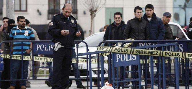 Taksim'de Polis Noktasına Saldırı