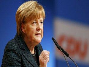 Merkel'den Syriza'ya Ret