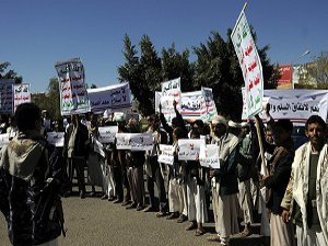 Husiler ''Değişim Meydanı'na'' Giden Yolları Kapattı