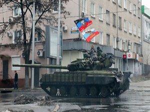 Ukrayna'da İhlallere Rağmen Ateşkese Uyuluyor