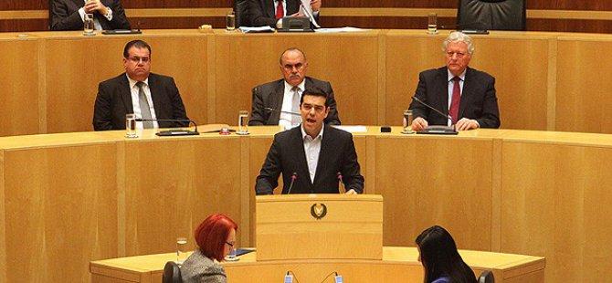 Kıbrıs'ta İki Bölgeli Federal Bir Çözümü Destekliyoruz
