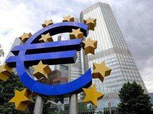 Avrupa Merkez Bankası Yunanistan'a Teminatı Kaldırdı
