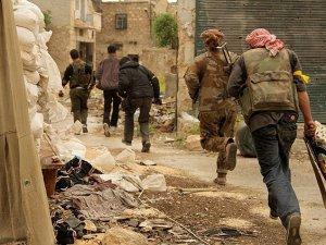 Direnişçiler Rejim Güçlerine Katyuşa Füzeleriyle Saldırdılar