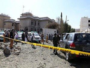 Yemen'de Askeri Birliğe Bombalı Saldırı