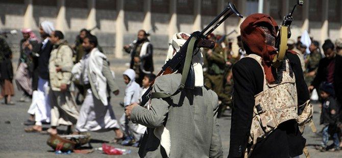 Husiler'den Suudi Arabistan Sınırında Tatbikat İddiası