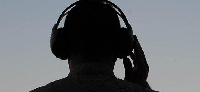 Yasadışı Dinlemeye 130 Yıl İstemi