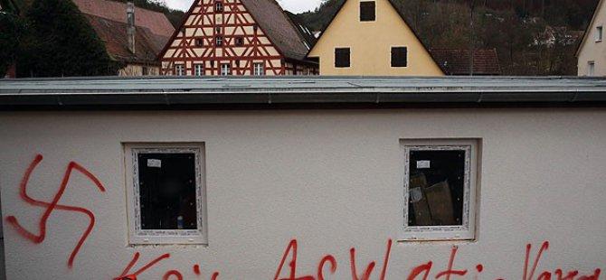 Almanya'da Mülteci Yurtlarına Saldırılar 3 Kat Arttı