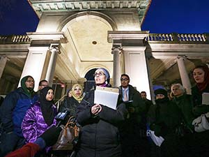 ABD'de Öldürülen Üç Müslüman Genç İçin Anma Töreni