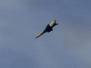 İsviçre Esed Rejimine Jet Yakıtı Satışını Yasakladı